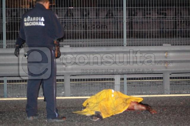 Muere atropellado y autos lo desmiembran en la Puebla-Orizaba
