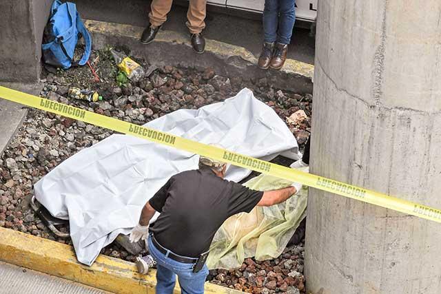 Hombre fallece atropellado en el distribuidor Juárez-Serdán