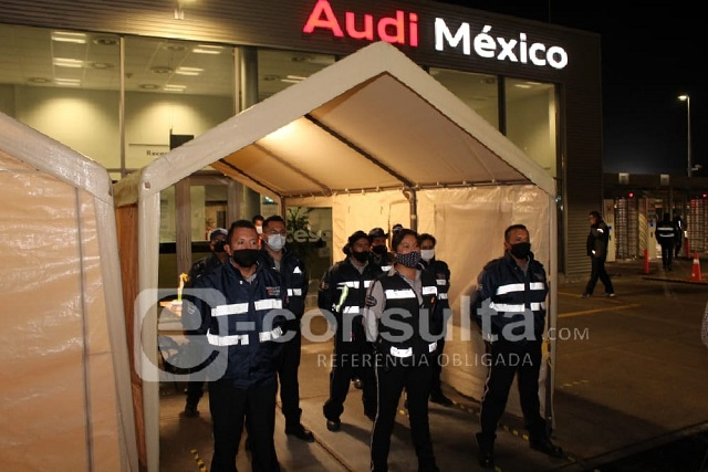 Aplazan clausura de Audi por adeudo e inician pláticas el lunes