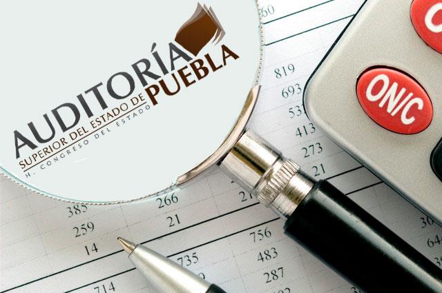 Ahora impondrán auditores a ediles y universidades en Puebla