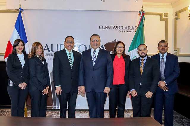 Auditoría Puebla recibe a delegación de Cámara de Cuentas de República Dominicana
