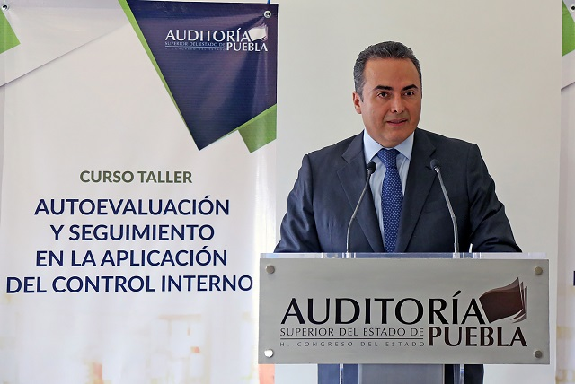 Auditoría Puebla imparte curso de control interno a los municipios