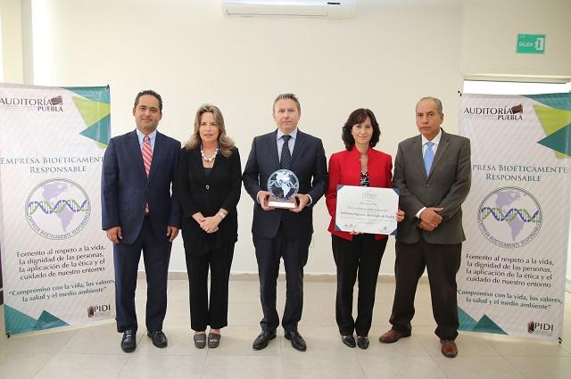 Auditoría Puebla recibe el Distintivo Oro como Empresa Bioéticamente Responsable