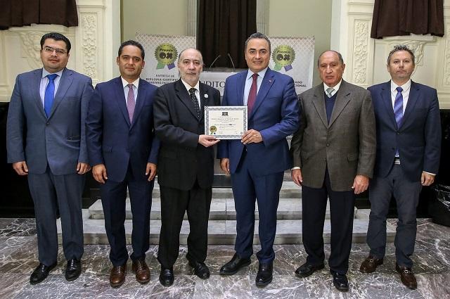 Auditoría Puebla recibe el Premio Internacional OX 2019