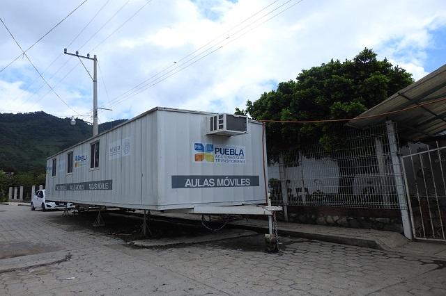 Operan en Puebla 370 aulas móviles por daños de 19-S: CAPCEE