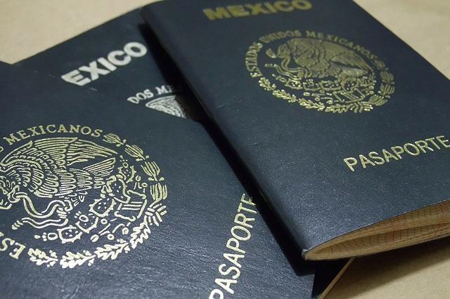 Operan desde Puebla sitios ilegales que ofrecen facilitar pasaportes