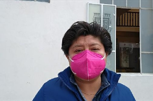 Aumentan a burócratas de Tehuacán aumento salarial del 4%