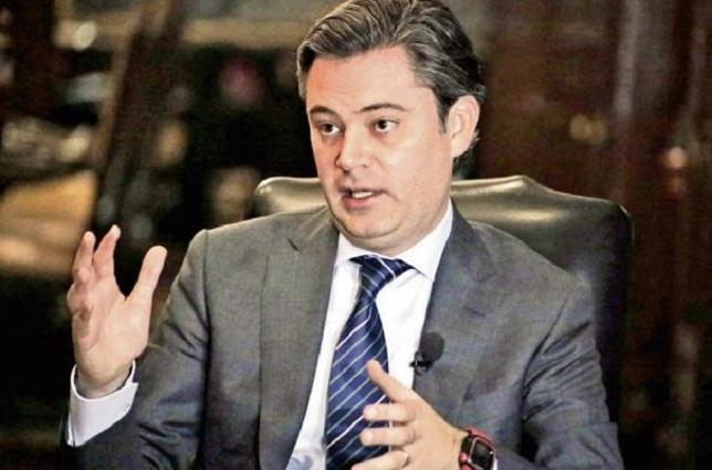 Aurelio Nuño ofrece no despedir a docentes que reprueben la evaluación