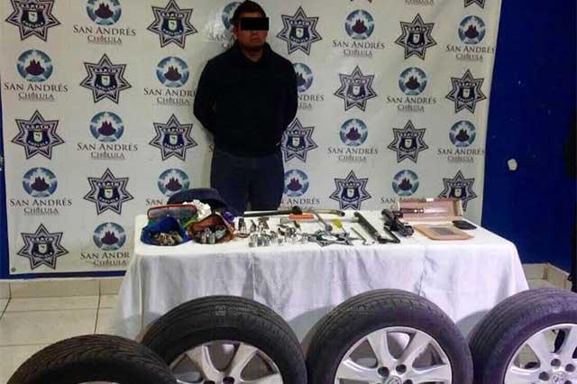Tras persecución caen ladrones de autopartes en Bulevar Atlixco
