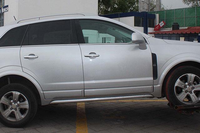 Conducía automóvil con reporte de robo y fue detenido en El Salvador