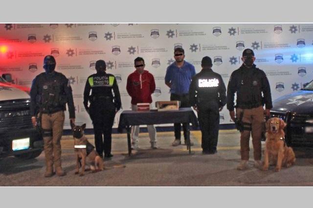 Recupera policía municipal de Puebla camioneta robada