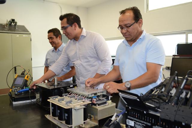 Investigadores  BUAP desarrollan sistemas para autos eléctricos