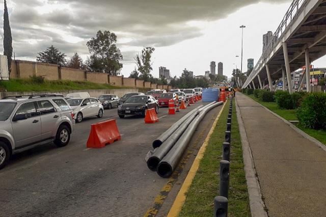 Avanza Línea de conducción de agua potable en Vía Atlixcáyotl
