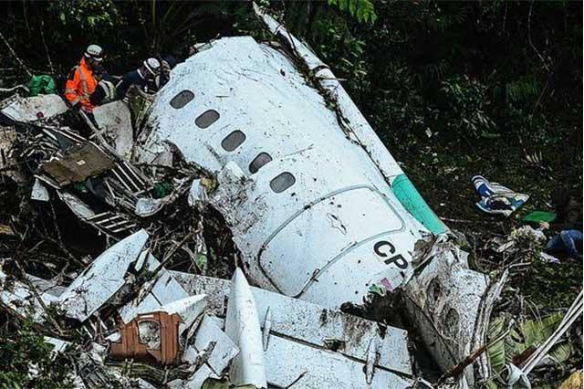 Publican video del rescate de un sobreviviente del avión del Chepecoense