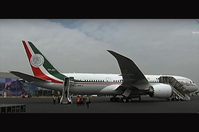 El lunes saldrá el avión presidencial hacia otro país, dice vocero de AMLO