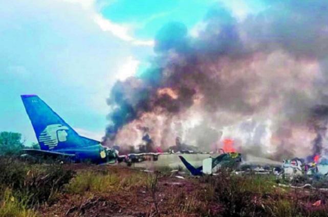 Continúan bajo cuidados médicos 17 víctimas del avionazo