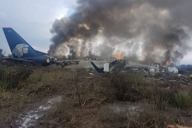 Por avionazo, 11 pasajeros piden 550 mil dólares a Aeroméxico