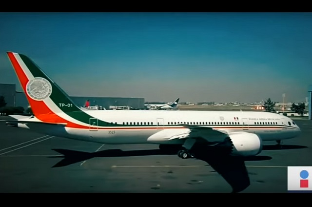 Regresa avión presidencial a México tras 19 meses en Estados Unidos