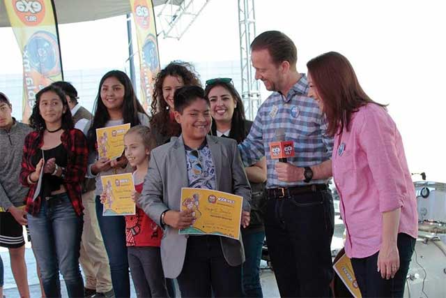 Ayuntamiento celebró a niñas y niños en una fiesta ciudadana