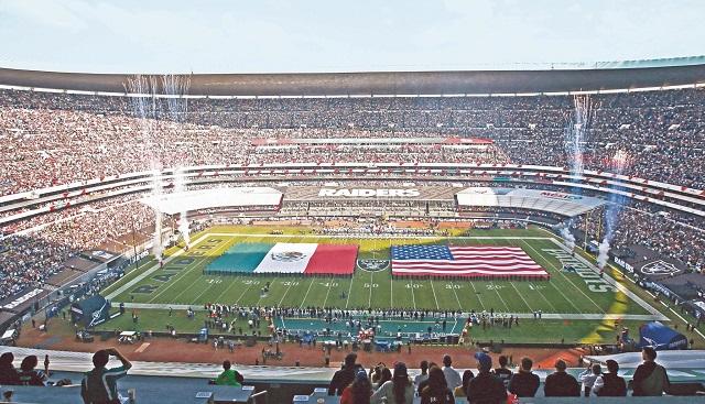 Pese a vergüenza en el Azteca, NFL anuncia visita en 2019