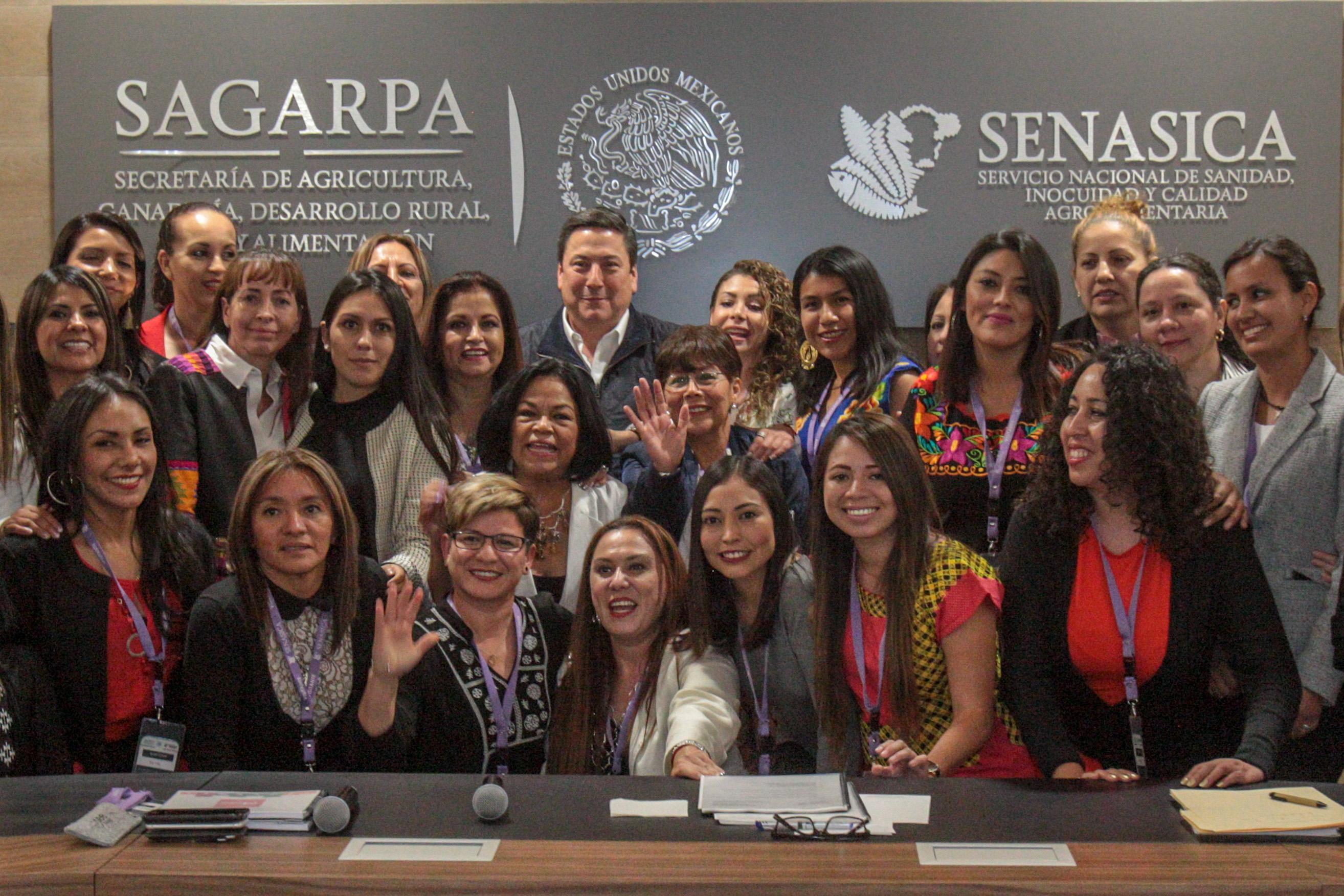 Mujeres y jóvenes de los estados piden continuidad de programas para el agro