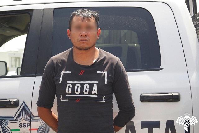 Detienen a narcomenudistas ligados a bandas en Puebla