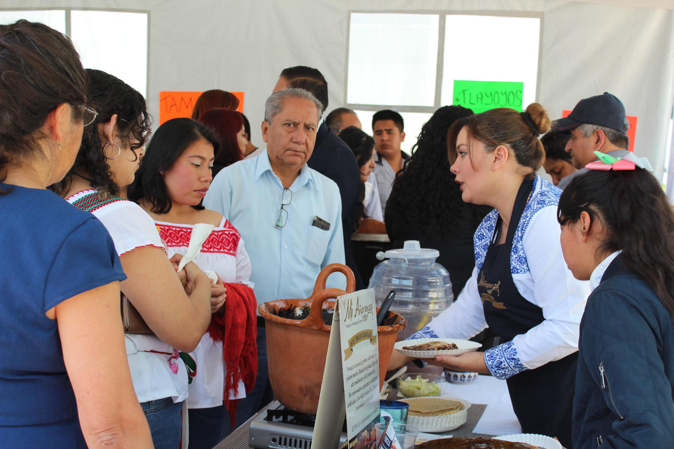 Participan más de 120 productores poblanos en feria de la Sagarpa