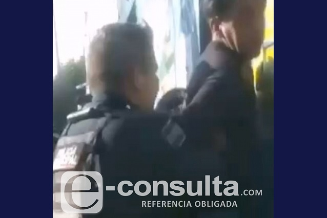 Ahora acusan a policías municipales de Puebla por abuso de autoridad