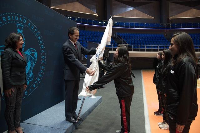 Abandera rector a deportistas BUAP para Universiada Regional