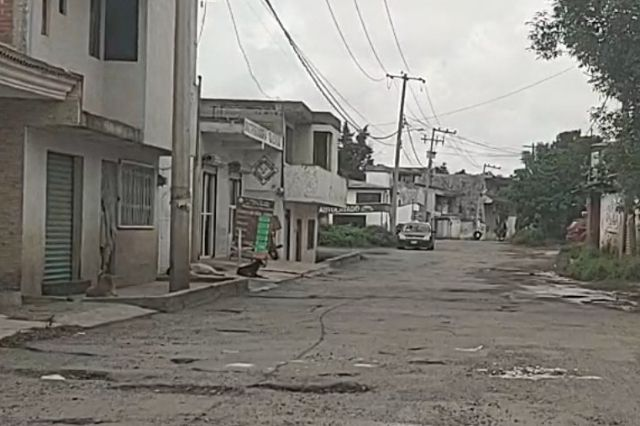 Acusan a Luis Alberto Arriaga de abandonar obra pública