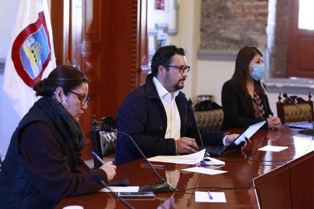Intensifican bacheo en Puebla capital y mantenimiento de parques