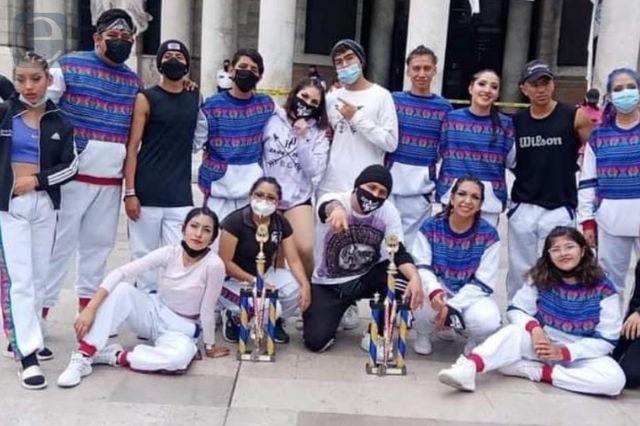Izucarenses ganan concurso de danza nacional e internacional