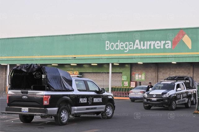 Desatan balacera tras intento de robo en Aurrerá de Cuautlancingo