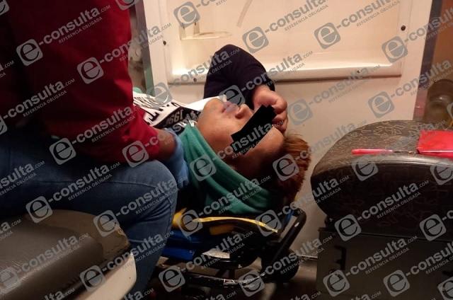 Agreden a joven a tiros en central de autobuses de Huauchinango