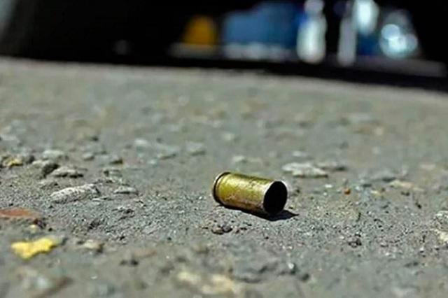 Ejecutan a balazos a un hombre joven en Acatzingo
