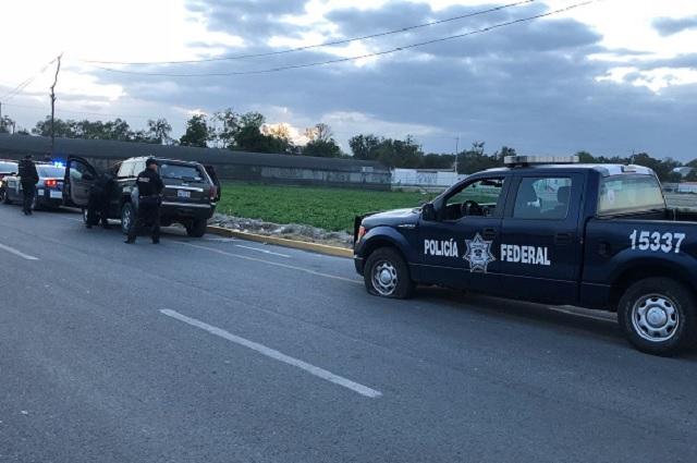 Balean a Federales en Puebla desde una camioneta blindada
