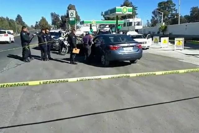 Balean a abogado frente a gasolinera de Texmelucan
