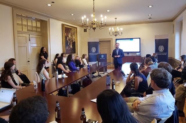 Luis Banck imparte en Georgetown seminario sobre Desarrollo Incluyente