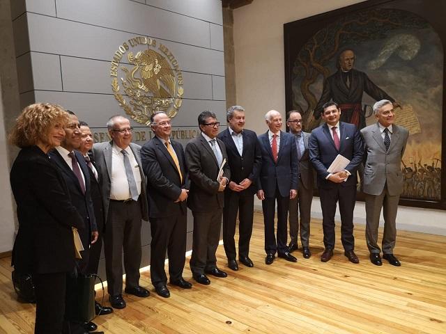Banqueros sostienen reunión en el Senado de la República