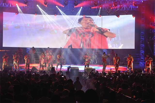 Banda Cuisillos y La Imponente se presentan con éxito en la Feria de Puebla