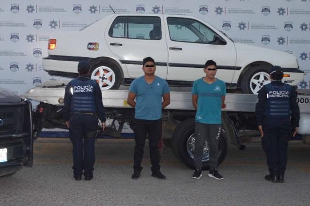 Caen dos de banda de robo de vehículos en Puebla