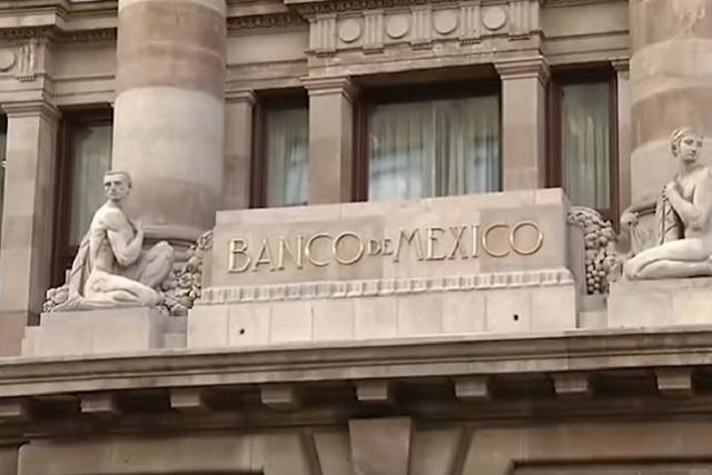 Renuncia subgobernador del Banco de México por motivos de salud