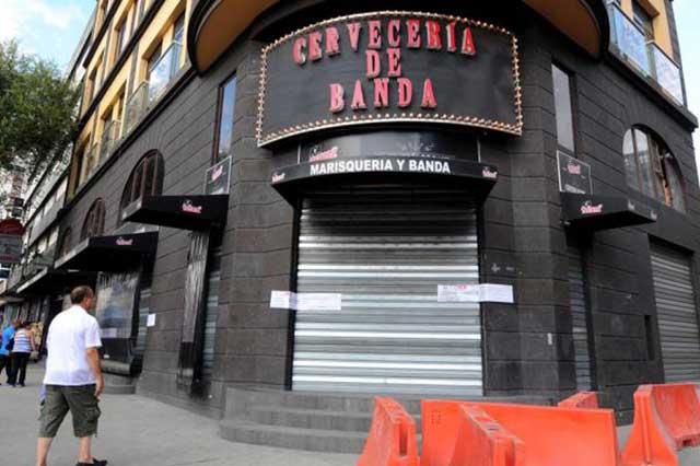 Acoso a una mujer en un bar termina con 2 muertos y 3 heridos