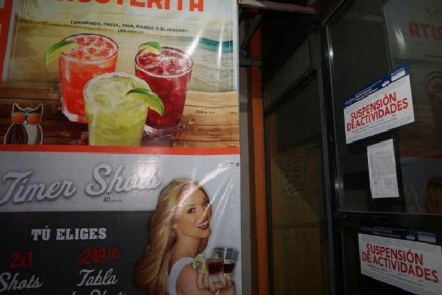 Ediles panistas se confrontan por la clausura de un restaurante bar