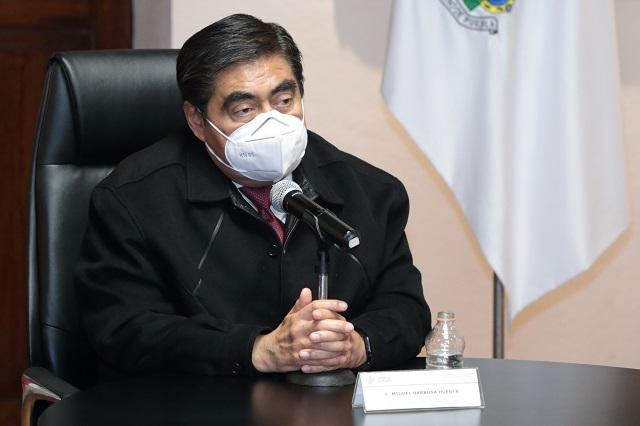 Hay pruebas de ilegalidades financieras del rector Esparza: Barbosa