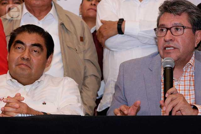 Miguel Barbosa se reúne con Ricardo Monreal en el Senado