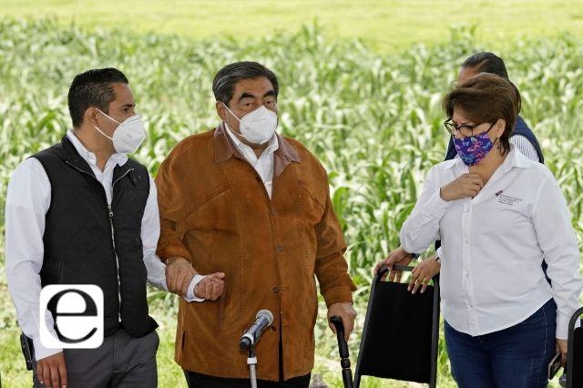 Con exceso de seguridad visita Barbosa la zona del socavón