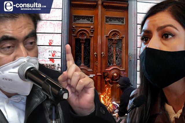 Rivera: criminalizan protesta; nadie inventa nada: Barbosa