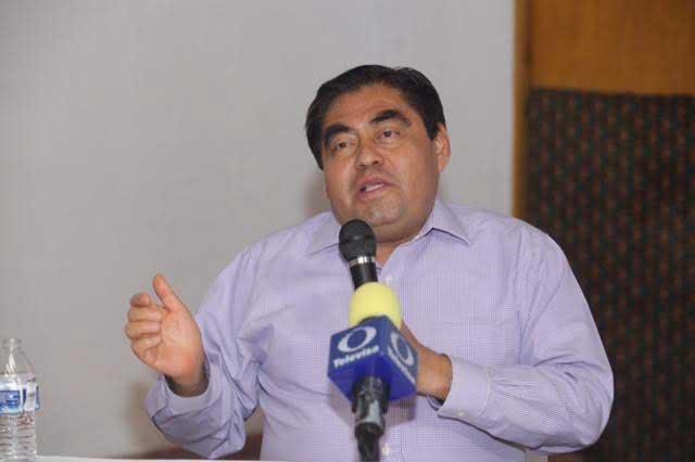 Que PGR indague ejecución de hija de Simitrio, plantea Barbosa