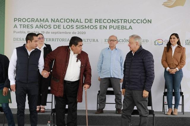 Barbosa apenas estuvo mal de salud, revela Obrador en Puebla